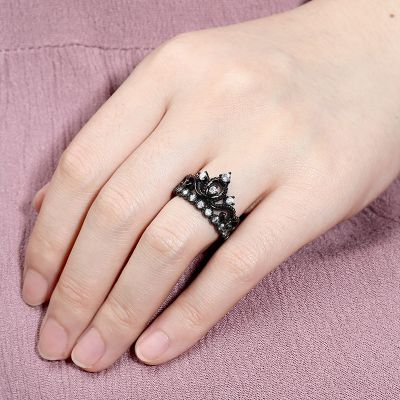 Black Tiara Crown Ring