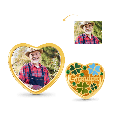 Four-leaf Cover Photo Charm